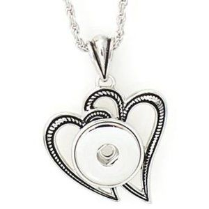 Jewelry - New Double Heart Snap Jewelry Necklace